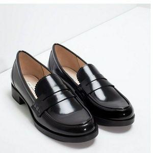 Zara NWT Black Shiney Boss Lady Loafers